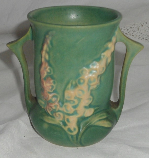 Roseville Pottery Lupine Delphinium Vase 4 5 Inch Tall