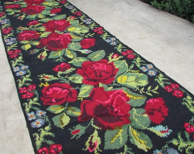 Bessarabian Kilim. Vintage Moldovan Kilim. Very old (Romanian) carpet. Handmade 85 years old, Floor, Floral Rugs Carpets, Eco-Friendly. Mosh