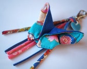 Keychain Butterfly / Japanese cotton bag blue and coral