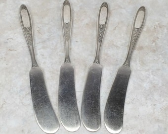 Enchantment, Bounty 1929 by Oneida // Antique Silverplate Butter Spreaders // Replacement Silver Plate Butter Knives Set of Four