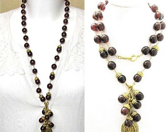 GRIPOIX for CHANEL, beautiful necklace glass 70-80 years