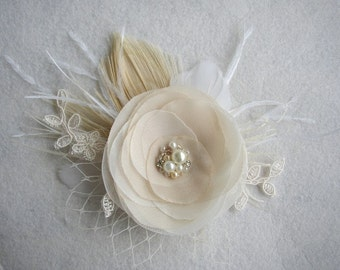 Wedding Hair Accessories, Champagne Hairpiece, Lace Hair Piece, Wedding Headpiece, Ivory Bridal Hair Clip, Vintage Hair Flower, Feather Comb
