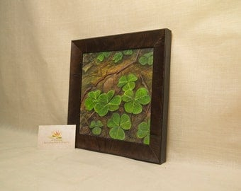 "original artwork painting, ""clover"" with raised painting, framed, 9,6"" x 9,6"""