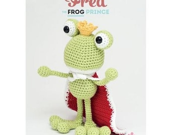 Crochet Pattern Baby Child toy Stylecraft 9165 fred the frog prince  new