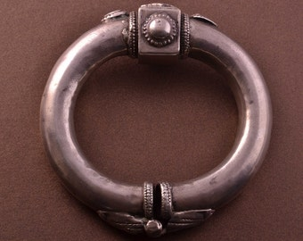 Silver Vintage Ethnic Bangle (863d)