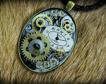 "Steampunk pendant  ""Hearty"""