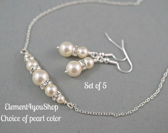 Bridesmaid jewelry Set of 5 bridesmaid gifts Wedding jewelry Bridesmaid necklace earrings set Maid of Honor Swarovski pearls Bridal party