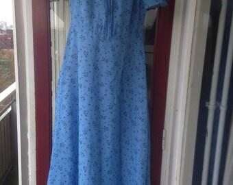 Beautiful blue floral 1970s boho hippie maxi dress size M/L