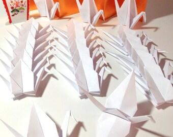 Origami Window Display, Origami Cranes, Store Window Display, Origami Art, Origami Ornaments, Origami Window Accents, Origami Photo Backdrop