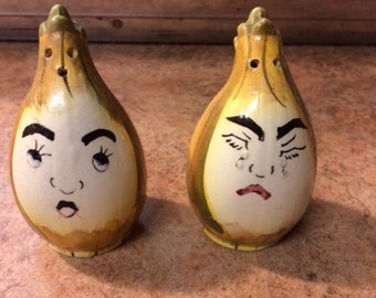 Vintage Anthropomorphic Onion Salt and Pepper