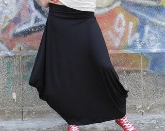 Maxi Skirt / long skirt / Black skirt / Floor length skirt Extravagant skirt by UrbanMood - CO-BEBA-VL