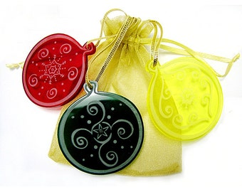 Christmas Tree Decorations - Round Baubles - laser engraved - assorted colours. set of 3