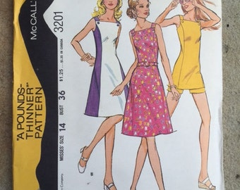 Vintage misses Dress Pattern - Misses Tunic and Shorts - Size 14 - Bust 36 - A Pounds Thinner Pattern - McCall's - 3201 - 1972