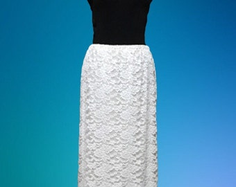 """The """"Saylor"""" Pencil Skirt in Lace (several Solid Colors to Choose from)"""