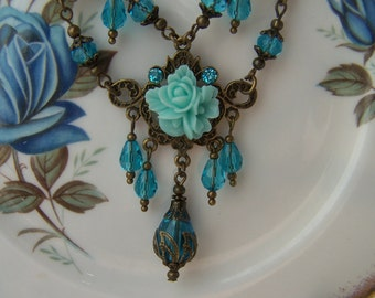Vintage Victorian style Necklace - Steampunk