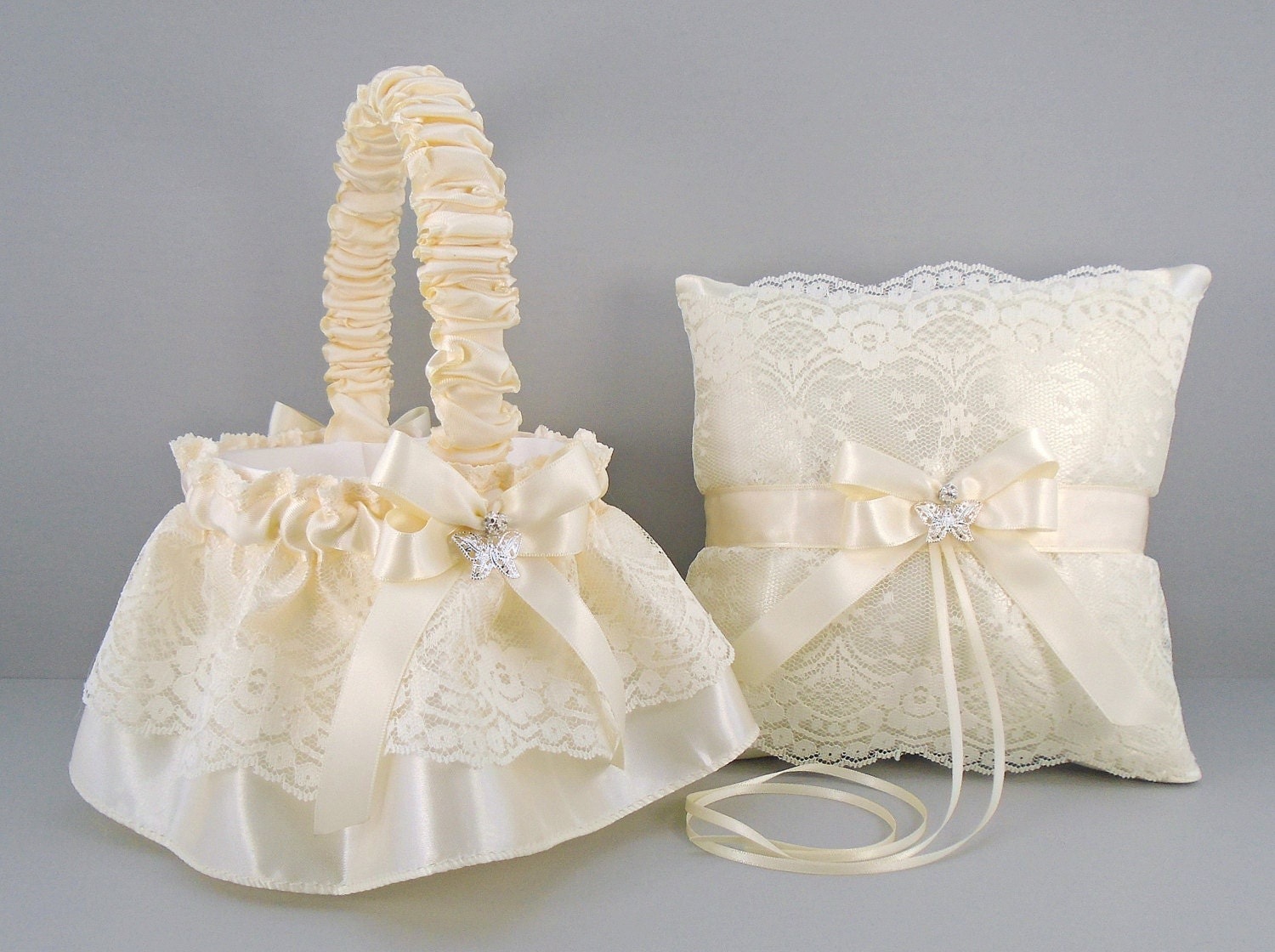 Flower Girl Baskets Ivory Uk : Deluxe ivory on flower girl basket ring bearer pillow
