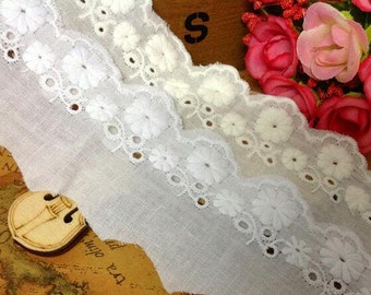 Antique White Cotton Trim Vintage Linen Dainty Tiny Floral Embroidery White Fine Lawn Trim Broderie Anglaise Doll Dress material