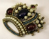 Vintage Signed Weiss Crown encrusted Cabochons and Faux Pearls Brooch