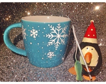 Snowflake coffee cup, blue mug, Christmas mug, Christmas gift, novelty mug, UK seller, ready to ship