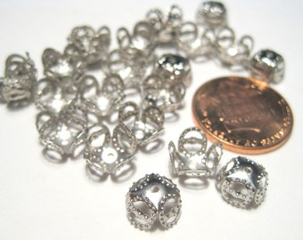 100pcs Small Silver Tone Flower Filigree Bead Caps 4 Leaf Vintage style