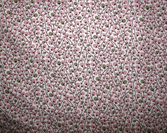 Fabric - Pale pink bud print, pima cotton lawn - dressmaking