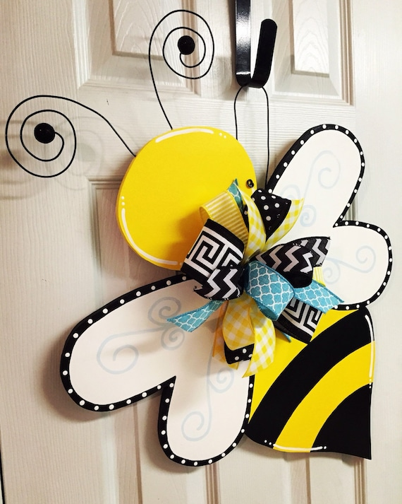 bee craft ideas summer bumble bee painted wood door hanger 1115