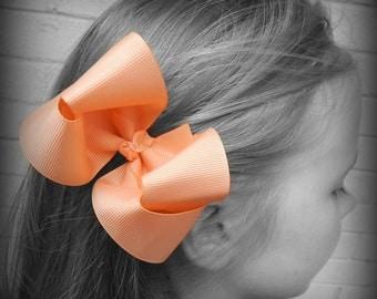 Peach Hair Bow, Peach Boutique Hair Bow, Peach Hairbow, Peach Hair Clip, Boutique Hair Bow, Hairbows, School Hair Bow, Hair Bows for Babies