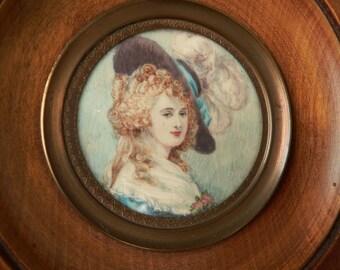 Vintage French hand painted portrait miniature painting of a lady in plumed feather hat - peinture miniature d'une jeune femme