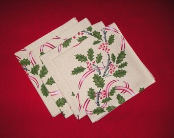 Christmas Napkins. Holiday Napkins. 18 inch reusable cloth dinner napkins.  Pretty holly berries and leaves with red ribbons.