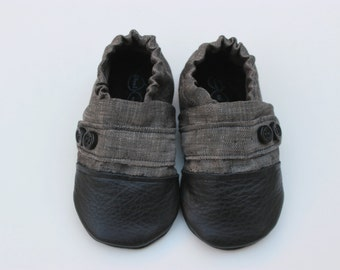 Leather Baby Moccasin, Cloth Baby Moccasin, Soft Soled Infant Shoe, Grey Moccasin, Linen Baby Shoe, Soft Sole Baby Shoes, Newborn Moccasin