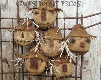 Primitive Crows Roost Prims 2 Scarecrow Head ornament