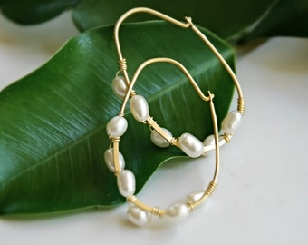 Pearl Hoop Earrings Gold Small Earrings Bridesmaids Gifts For Her Under 30 Pearl Earring Gold Wedding Jewelry Bridal Party Everyday Earrings