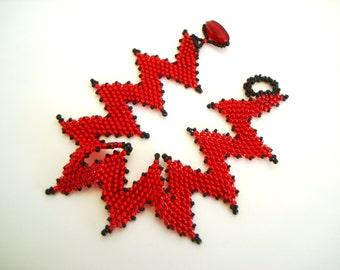 Red and Black Zig Zag Bracelet - flat peyote bracelet - chevron bracelet - wide bead bracelet - wide red bracelet - beadwoven bracelet