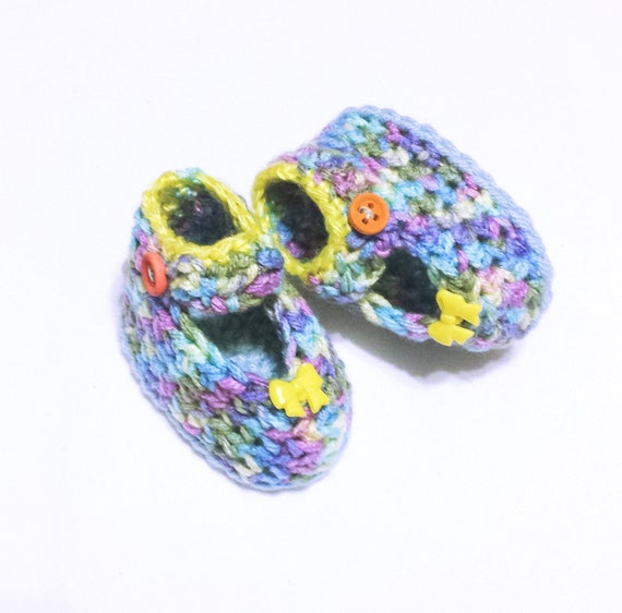 ce7f16c503f1a Minnie Mouse Inspired Baby Booties Crochet Pattern | Crochet Newborn ...
