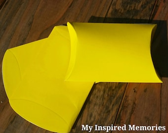 6-yellow party favor boxes, yellow  favor boxes, yellow favor pillow boxes