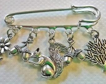 Frog kilt pin brooch~Squirrel kilt pin brooch~hedgehog kilt pin brooch~woodland animal gifts
