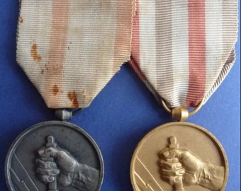 Pair Of French Railway Workers Long Service Medals. Named and Dated 1944 and 1950. (Both To Same Recipient)