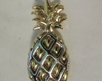 """Brooch, Pin, Pineapple, """"LC"""" Liz Claibourne, Gold and Silver Tone Meatl"""