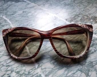 Vintage Yves Saint Laurent sun glasses shades 1980s Paris fashion designer retro eye glasses frame authentic numbered eyeglasses logo frame