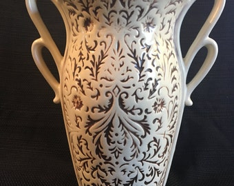 Vintage Red-Wing Vase 1165