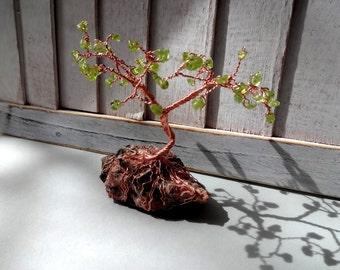 Peridot Wire Tree on Mica rock stone home decor 3 1/2 inc