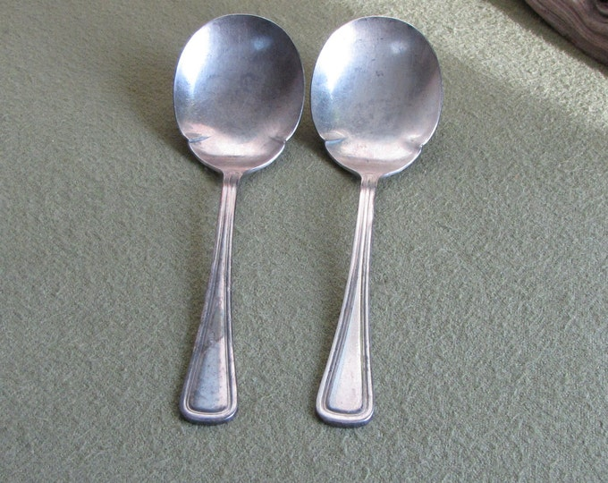Onieda Gravy Ladles Columbia Pattern 1913 Silver Plated Serving Utensils Sauce Spoons