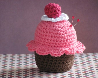 Cup Cake Crochet pin cushion, crochet cushion, handmade crochet pin cushion