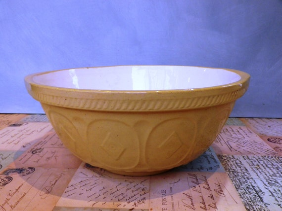 vintage mixing bowls from etsy