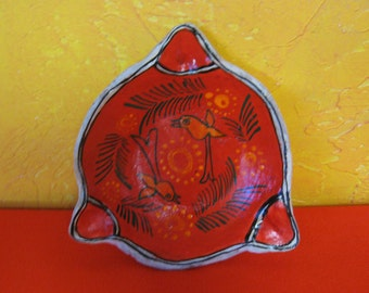 Mexican Pottery Bowl with Pretty Bird Designs!   # B-255