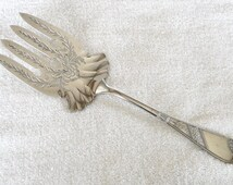 Reliance Mfg Co silver-plated ANGELO aka SARAGOTA Pattern Meat Serving Fork - Vintage Eastlake Style Silverplate 1883