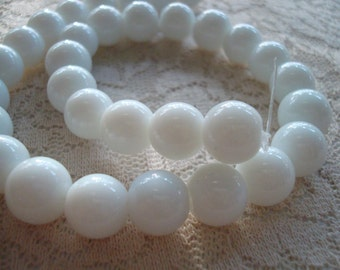 White Milk Glass Rounds. Choose--8mm/52pc or 10mm/32pc. Opaque, Jade White, Smooth Glass Beads. Full Long Strands.  ~USPS Ship Rates /OR