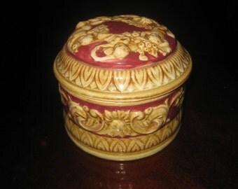Lovely Vintage Covered Trinket Jar from the 1930s.