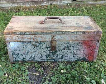 Vintage Wood Tool Box, Vintage Wooden Toolbox, Antique Toolbox, Vintage Toolbox, Wood Box, Home Decor, Barn Find, Rustic Decor, Large