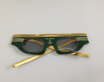 Vintage Polaroid 3D movie glasses from the 1950's set of 5